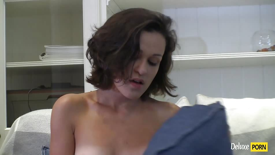 Sexy Teen Slut Grace Arousing Pussy Play on the Sofa