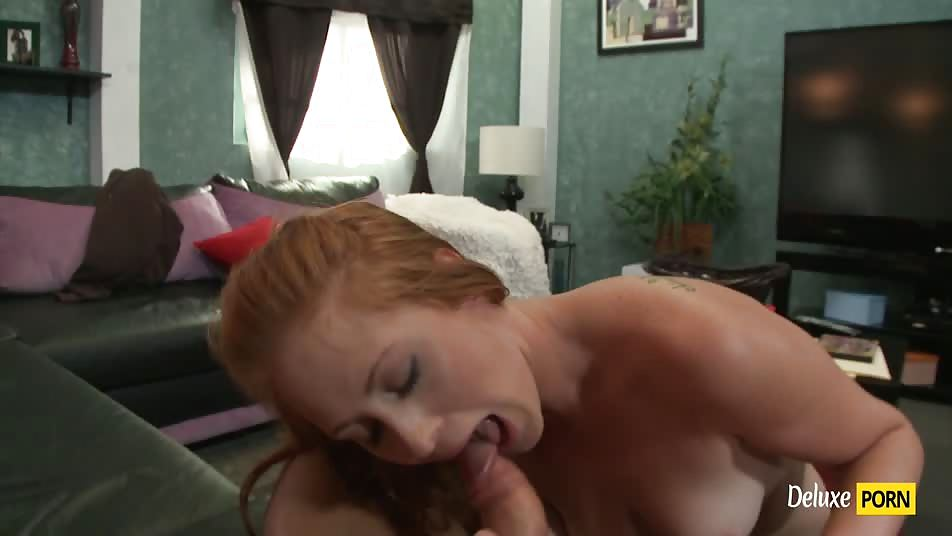 Slutty Redhead Babe Amber Swift Gets a Nice Facial